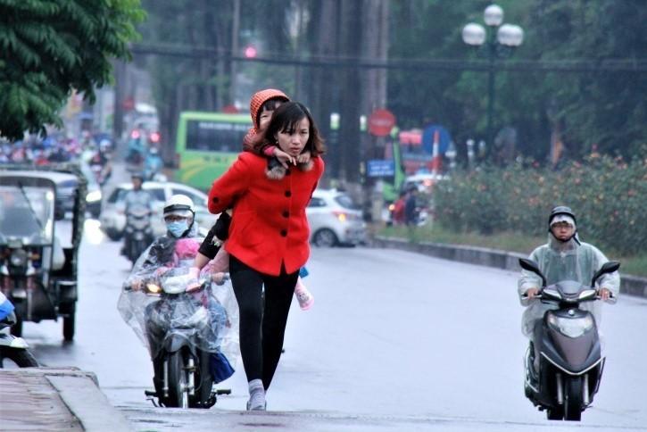 Học sinh Hà Nội không phải đến trường quá sớm nếu trời rét đậm