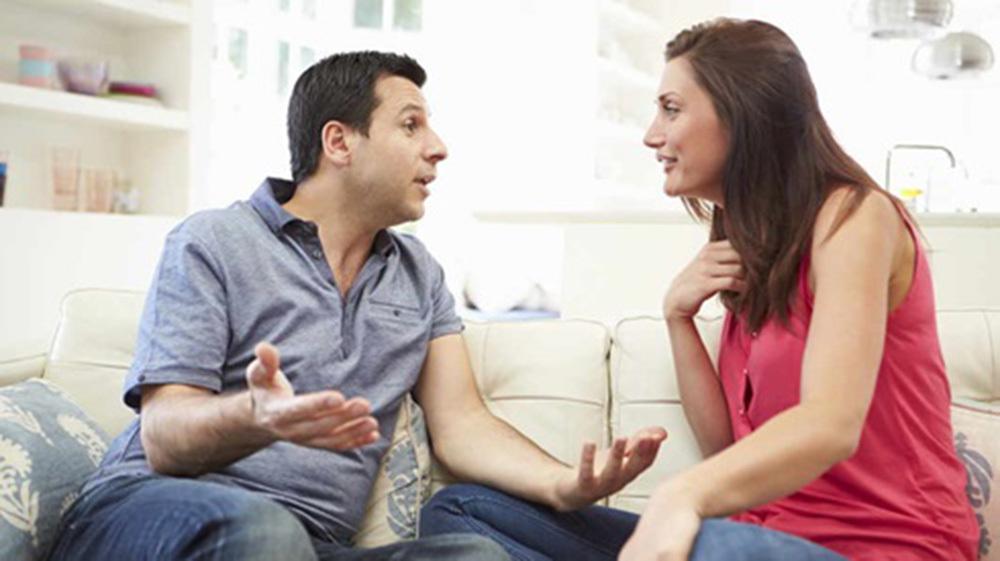 Tỏ thái độ vì cho rằng mẹ chồng bất công, vợ bị chồng bảo 'không biết điều'