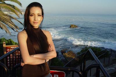 Diễn viên Linh Nga thắng giải phim tài liệu xuất sắc tại Mỹ