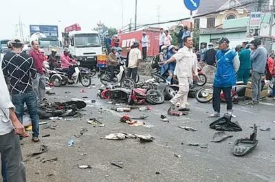 Bộ trưởng Nguyễn Văn Thể lên tiếng sau tai nạn thảm khốc tại Long An