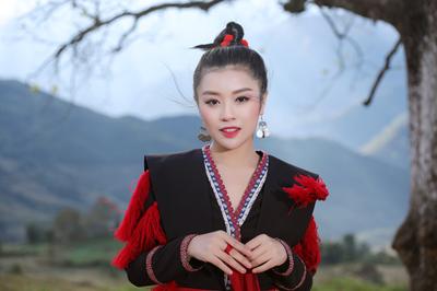 Thu Hằng, Hồng Duyên gây xúc động với MV ngày đầu năm mới