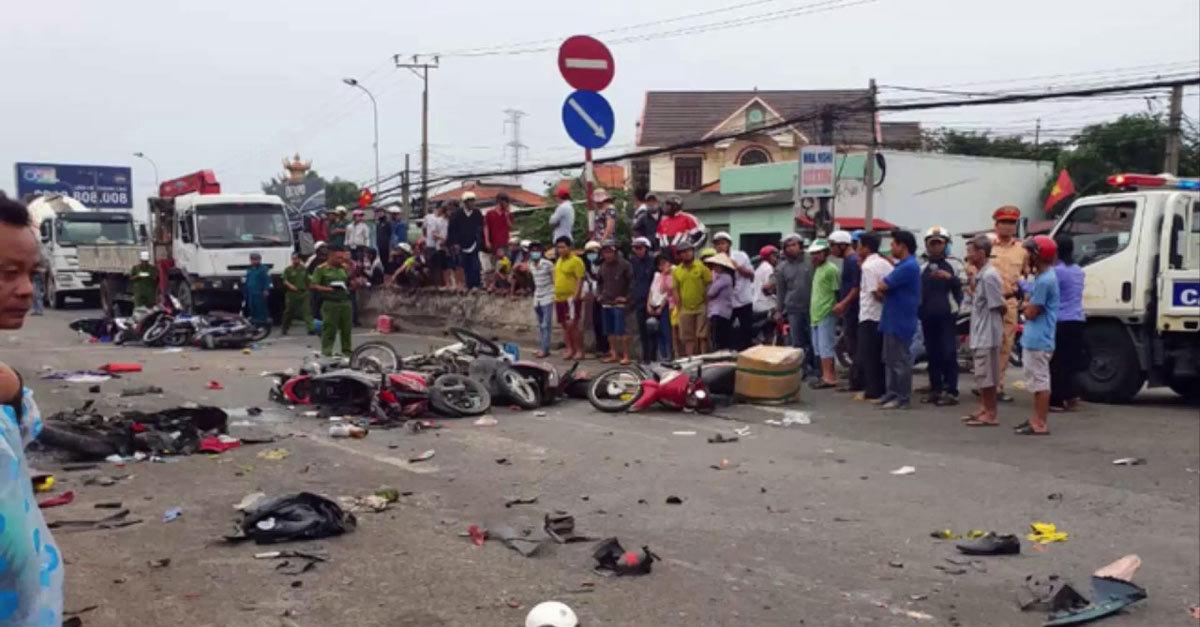 Tai nạn ô tô thảm khốc: Lỗi tại xe hay người lái?