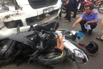 Vụ tai nạn ở Bến Lức, Long An