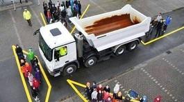 Cấp bằng lái xe container ở VIệt Nam có dễ hơn các nước?