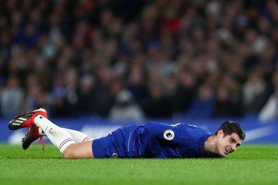 """Chelsea gấp rút tuyển tiền đạo """"cắt đuôi"""" MU"""