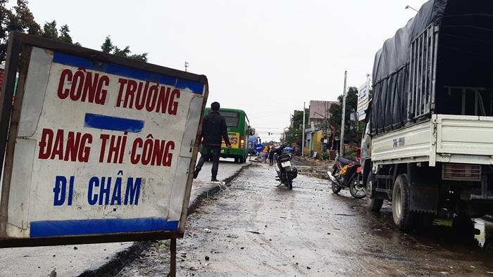 Xin gia hạn 5 lần không làm nổi 18km đường quốc lộ 1A