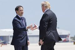 Không ngăn nổi rút quân, các thượng nghị sĩ Mỹ thúc ông Trump phạt Syria