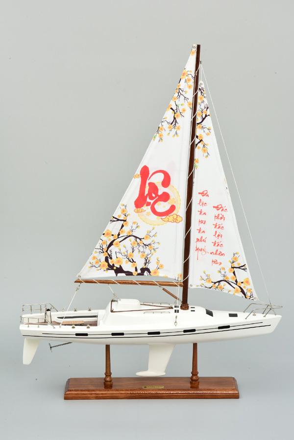 Thuyền Lucky - quà tặng cao cấp 'chở may' năm mới