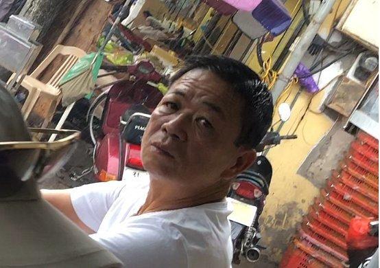 Khởi tố bị can, bắt Hưng kính trong vụ bảo kê chợ Long Biên