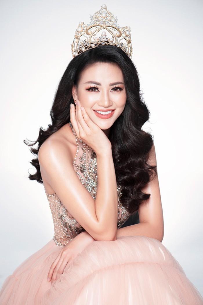 Hoa hậu Phương Khánh,Miss Earth,Phúc Nguyễn