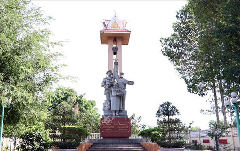 Giải phóng Campuchia,biên giới Tây Nam,chế độ Khmer Đỏ