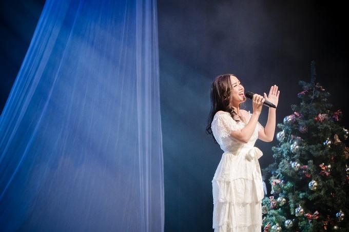 Món quà của nữ Việt kiều khiến Nhã Thanh xúc động