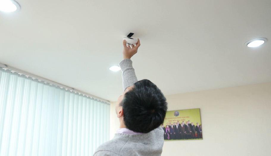 Bộ phát hiện và cảnh báo khói thông minh Made in Việt Nam, giá rẻ giật mình
