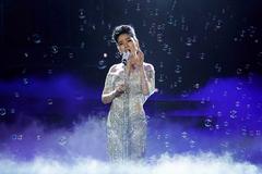 Duyên dáng Việt Nam 2018: Lệ Quyên hát sai lời và nhiều 'sạn'