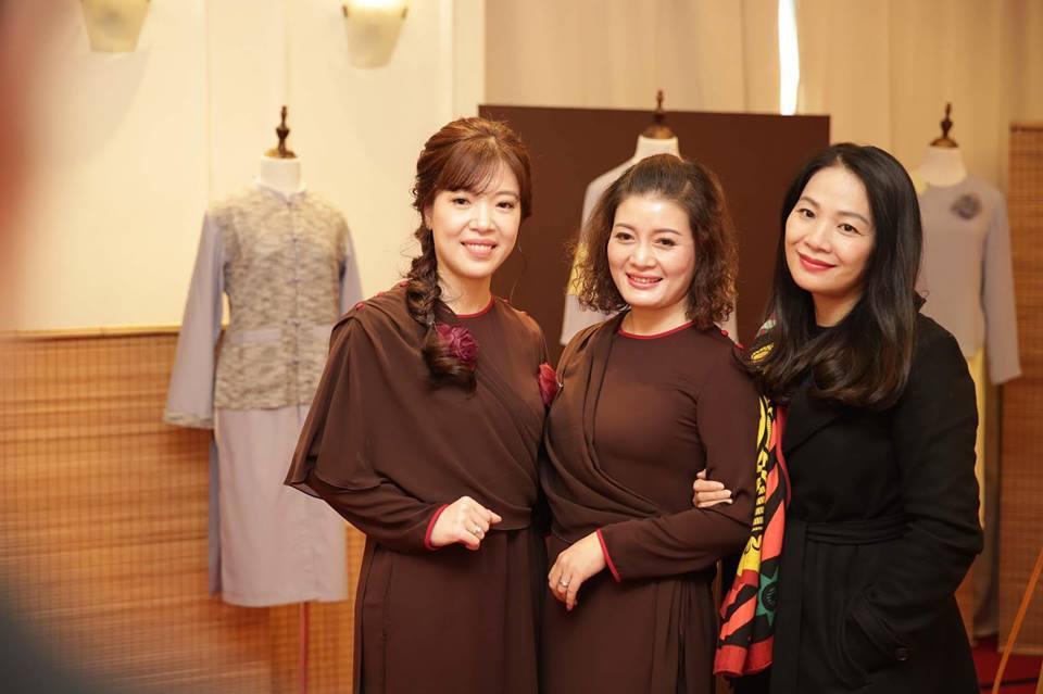 Độc đáo trang phục dành cho Phật tử