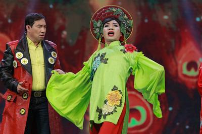 Phản ứng của đạo diễn Đỗ Thanh Hải khi MC Tùng Leo chỉ trích Táo quân