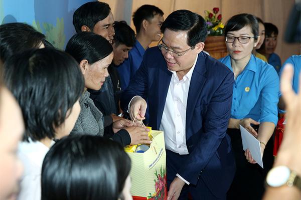 Vương Đình Huệ,Trần Quốc Vượng,tăng lương