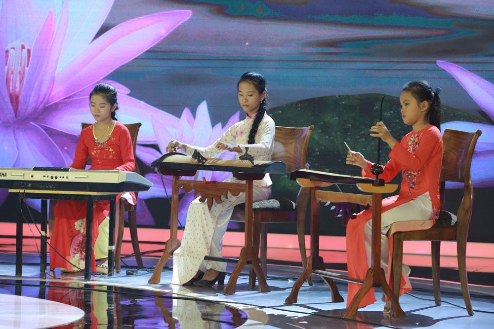 Ngô Kiến Huy, Puka ngỡ ngàng trước ban nhạc nhí