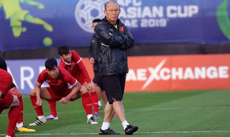 HLV Park Hang Seo: 'Đấu Iraq, tuyển Việt Nam lo nhất là thể lực'