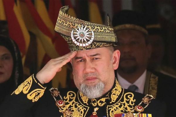 Vua Malaysia,Malaysia,Quốc vương Malaysia,thoái vị,nữ hoàng sắc đẹp