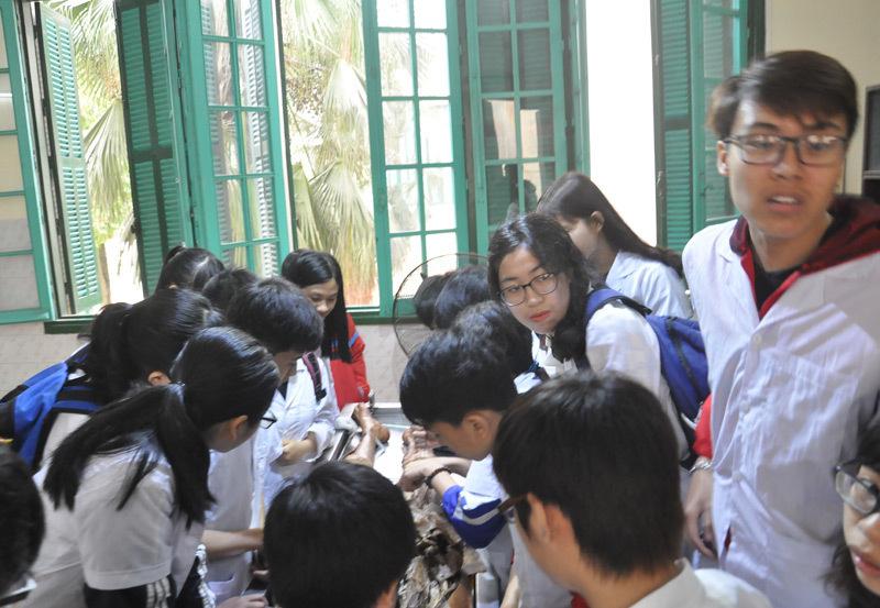 Dự kiến thí sinh học lực giỏi mới được xét tuyển ngành y