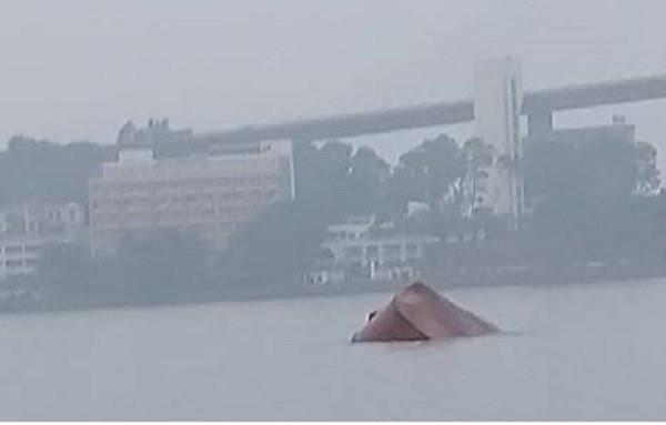 chìm tàu,Hạ Long