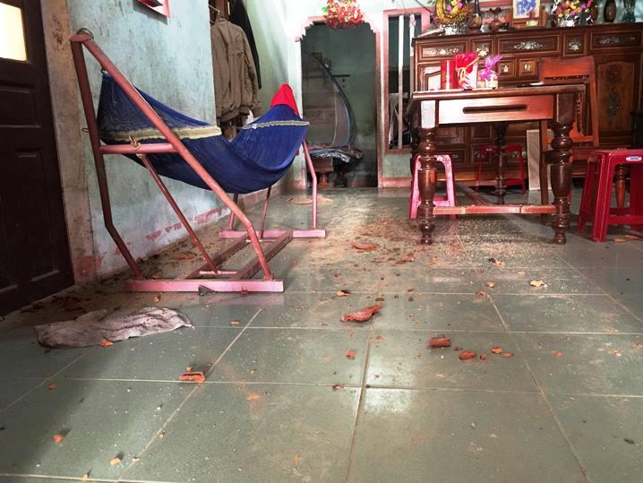 Bom nổ giữa khu dân cư, một người thương nặng