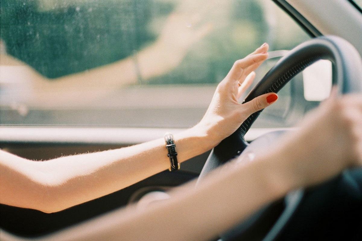 Để phụ nữ lái xe 'chất' như đàn ông: Chuyện đơn giản