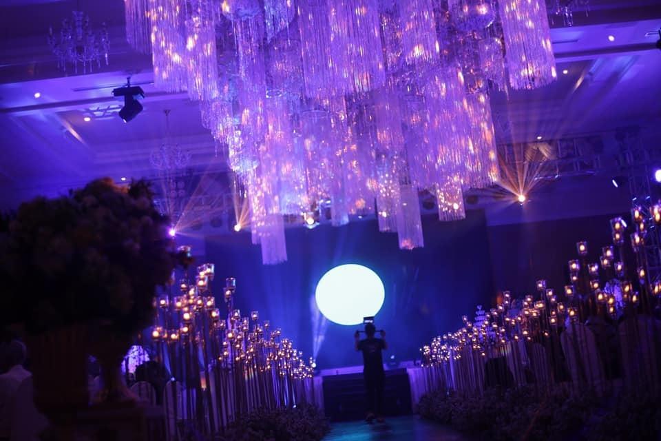 MiA đeo vàng nặng trĩu trong lễ rước dâu tại Vĩnh Long