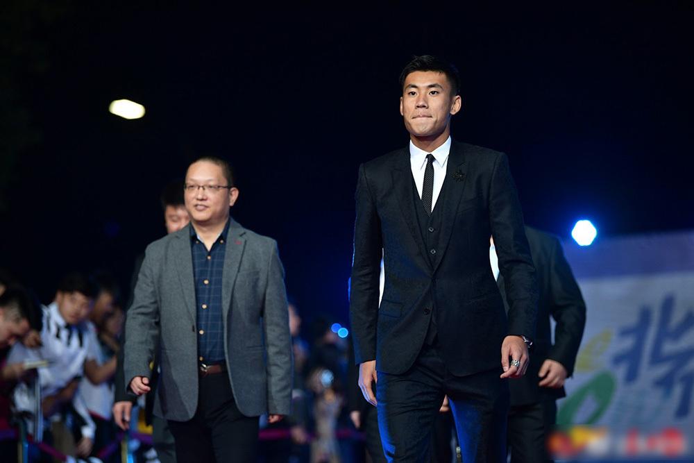 'Soái ca' sân cỏ Trung Quốc điển trai, cao 1m84 tại Asian Cup 2019