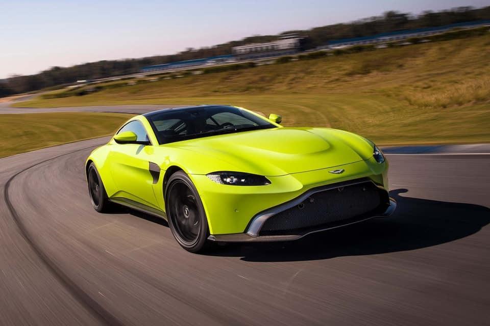 Thú vui xa xỉ của đại gia Hoàng Kim Khánh: Siêu xe Aston Martin