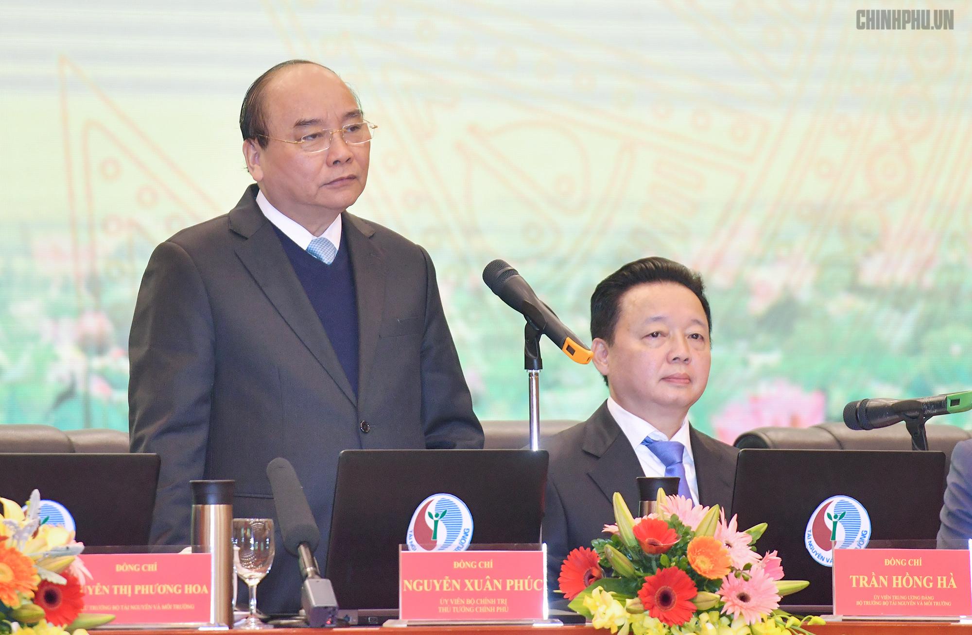 Thủ tướng Nguyễn Xuân Phúc,Nguyễn Xuân Phúc,Trần Hồng Hà,Bộ Tài nguyên môi trường
