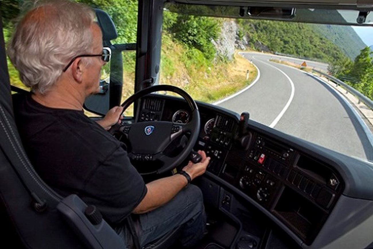 lái xe đường đèo,kĩ năng lái xe,kinh nghiệm lái xe