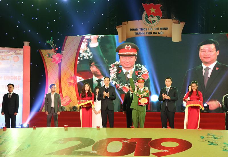 Cầu thủ Quang Hải được chọn là gương mặt trẻ Thủ đô tiêu biểu năm 2018