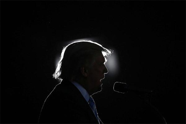 由于特朗普先生的黄金时段演讲,美国媒体陷入困境