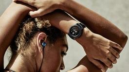 """Tiện ích """"5 trong 1"""" trên Galaxy Watch thỏa mãn nhu cầu giới trẻ"""