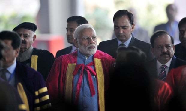 Giới khoa học Ấn Độ biểu tình vì phát ngôn bừa của các học giả nước nhà