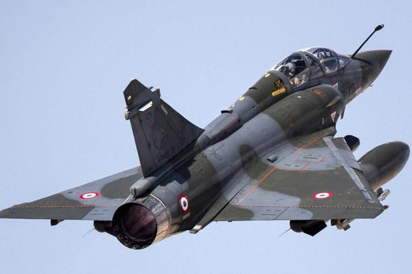 Pháp,máy bay chiến đấu,tiêm kích Mirage 2000,không quân,vũ khí,mất tích