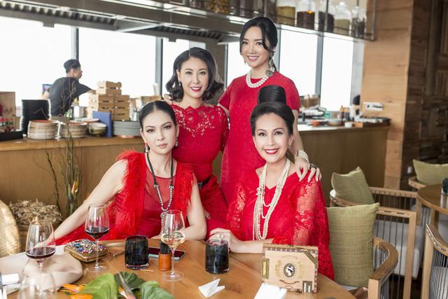Hà Kiều Anh,Thủy Hương,Hồng Nhung,Lệ Quyên