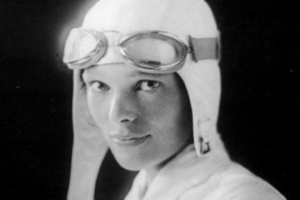Ngày này năm xưa: Nữ phi công huyền thoại mất tích bí ẩn