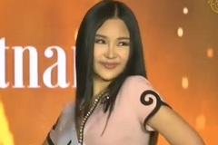 Lê Âu Ngân Anh hô 'Việt Nam', trổ tài catwalk khi chính thức nhập cuộc Miss Intercontinental 2018