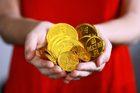 Giá vàng hôm nay 20/4: Ở đáy và tiếp tục giảm