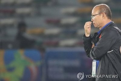 """HLV Park Hang Seo được hỏi về hợp đồng, muốn """"bỏ"""" U23 Việt Nam"""