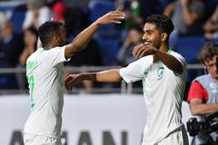 Thắng dễ Lebanon, Saudi Arabia đoạt vé vòng 16 đội