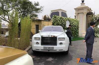 Đi đám cưới, mãn nhãn ngắm Rolls-Royce Phantom 35 tỷ
