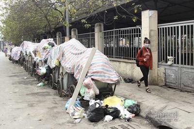 Sự cố 3 ngày không đổ rác: Hà Nội yêu cầu di dân khỏi vùng ảnh hưởng