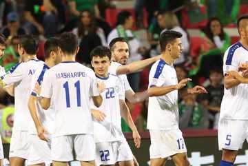 """Làm gỏi"" Turkmenistan, Uzbekistan đoạt vé đi tiếp ở Asian Cup"
