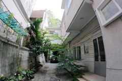 Nữ đại gia bí ẩn chủ căn biệt thự triệu USD bỏ hoang giữa TP Hồ Chí Minh
