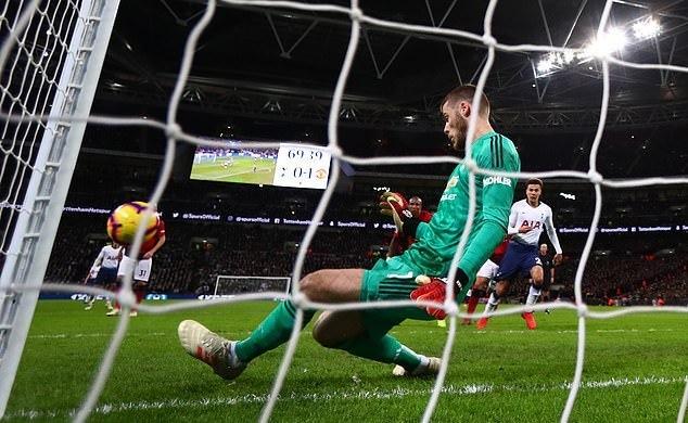 11 pha cứu thua siêu đẳng của De Gea trước Tottenham