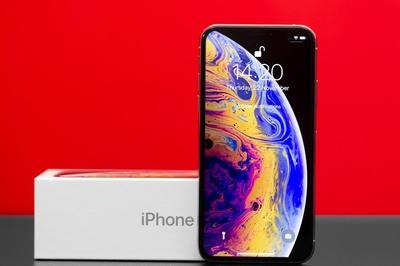 Apple đang phát triển iPhone 5G